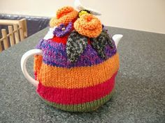 spin to knit: tea cosies Tea Cosies, Cozies, Free Knitting, Knitting Patterns, Tea Cosy Pattern, Tea Cozy, Flower Tea, Kitchenette, Teapots