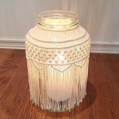 Here's a few facts about this macrame jar: It takes 160 strings & 1,920 individual knots to create this particular one, but it's worth it ! Have a great weekend!!!
