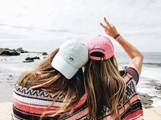 """2,385 Likes, 272 Comments - Pura Vida Bracelets® (@puravidabracelets) on Instagram: """"24 HOUR GIVEAWAY! What's up, PV fans! We're here to serve you a mid-week pick me up! Win gift…"""""""