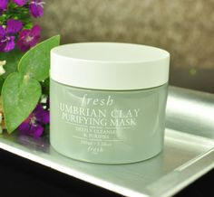 The Fresh Umbrian Clay Purifying Mask seriously cleans out pores!