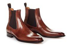Mi selección 2018 jonathan_VL_ The Dean - Men's Italian Chelsea Boots Men's Shoes, Shoe Boots, Dress Shoes, Shoes Style, Gentleman Shoes, Mens Boots Fashion, Dress With Boots, Casual Boots, Shoe Collection