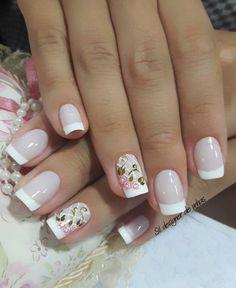 Nail art Christmas - the festive spirit on the nails. Over 70 creative ideas and tutorials - My Nails French Nails, French Manicure Nails, Gorgeous Nails, Pretty Nails, Toe Nails, Pink Nails, Nail Deco, Fall Nail Art Designs, Bridal Nails