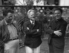 Que épocas, tres mentes que piensan en la misma foto! Que nos paso gente... jajajaja! Foto: Diego Rivera, León Trostky y André Breton.