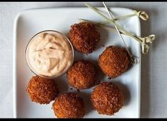 Serrano Ham and Manchego Croquetas with Smoked Pimentón Aioli. Had me at Manchego. Tapas Party, Snacks Für Party, Tapas Dinner, Tapas Menu, Crescent Rolls, Tapas Recipes, Snack Recipes, Tapas Ideas, Catering Recipes