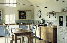 http://www.landlord-living.de/LANDHAUSKUECHE/Kuechen/Franzoesische-Landhauskuechen/Bastide.html