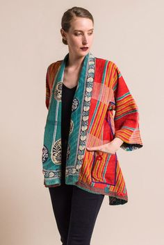 Colorful Jackets To Add To Your Wardrobe kimono cardigan Batik Fashion, Funky Fashion, Boho Fashion, Fashion Outfits, Womens Fashion, Fashion Trends, Feminine Fashion, Trending Fashion, Ladies Fashion