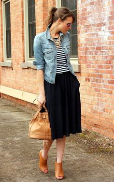 falda y bolso looks elegantes