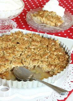 Swedish Apple pie with a crisp toffee top Good Food, Yummy Food, Tasty, Swedish Apple Pie, Swedish Recipes, Food Obsession, Fudge Brownies, No Bake Desserts, Pie Recipes