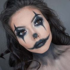 23 Easy Halloween Costumes Using Only Makeup 23 Easy Halloween Costumes Using Only Makeup: EASY CLOWN MAKEUP; The post 23 Easy Halloween Costumes Using Only Makeup & skulls and Halloween Make up appeared first on Galia Sto. Maquillage Halloween Clown, Halloween Makeup Clown, Creepy Halloween, Happy Halloween, Creepy Clown, Halloween Nails, Scarecrow Makeup, Vintage Halloween, Vintage Witch