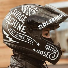 Photo: @Di.Brandis Helmet: HJC CL-17 Rebel
