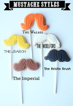 Biscotti baffo per la Festa del Papà [Guest post by @Suzanne, with a Z Sparks (Munchkin Munchies) Mustache Cookie Pops for Father's Day
