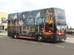 Harry Potter tour bus