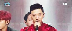 Yongguk and his smirk. B.A.P on Inkigayo 15/11/29