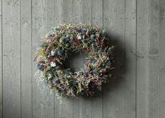 DIY: Lag en vakker høstkrans av lyng | Inspirasjon fra Mester Grønn Diy Wreath, Burlap Wreath, Hygge, Christmas Wreaths, Holiday Decor, Gardens, Home Decor, Christmas Swags, Room Decor