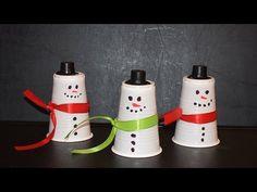 Schneemann aus Plastik- oder Pappbechern basteln