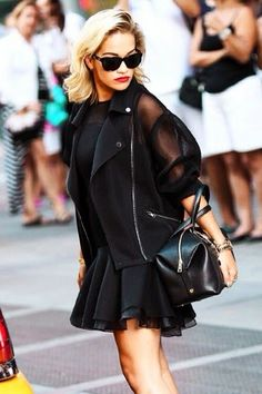How to Chic: 10 RITA ORA OUTFITS