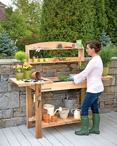 10 Plus Handy and Clever Outdoor Storage Solutions - A potting bench is a must! 10 Plus Handy and Clever Outdoor Storage Solutions - A potting bench is a must! Potting Bench With Sink, Potting Bench Plans, Potting Tables, Potting Sheds, Garden Table, Garden Beds, Pallet Garden Benches, Outdoor Benches, Outdoor Ideas