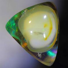 "11.85ct Natural ""OPAL BRAIN IN OPAL"" Ethiopian Welo Crystal Fire Opal QQ239"