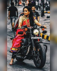 Lady Biker, Biker Girl, Girl Photo Poses, Girl Photos, Bike Drawing, Chicks On Bikes, Ganesh Images, Cafe Racer Girl, Indian Look
