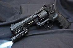 Tactical revolver