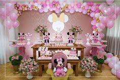 Tema Minie Rosa Minnie Mouse 1st Birthday, Minnie Mouse Baby Shower, Baby Girl 1st Birthday, Mickey Minnie Mouse, Minnie Mouse Party Decorations, Kids Party Decorations, Mouse Parties, Paris Birthday Parties, Mickey Party