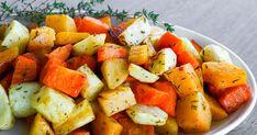 Timjamilla maustetut uunijuurekset ovat maukas lisuke esimerkiksi talvisille liharuoille. Pellillä paistuu helposti juureksia isollekin porukalle. Käytä esimerkiksi tuttua porkkanaa, lanttua ja palsternakkaa. Feta, Sweet Potato, Cantaloupe, Food And Drink, Potatoes, Fruit, Vegetables, Potato, Vegetable Recipes