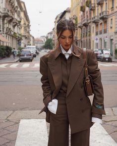 negin mirsalehi in gucci, milan fashion week Suit Fashion, Look Fashion, Winter Fashion, Fashion Outfits, Milan Fashion, Fashion Clothes, Fashion Women, Fashion Ideas, Fashion Tips
