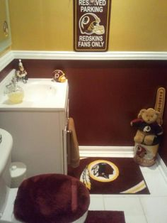 My friend Brii's bathroom!  HTTR!
