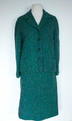 Vintage 1960s GREEN Wool SKIRT SUIT