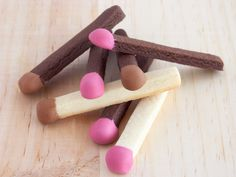 Matchstick Cookies - Shortbread dipped in chocolate, this would be really cute for older scout troops. Galletas Cookies, Iced Cookies, Cookies Et Biscuits, Yummy Cookies, Cupcake Cookies, Sugar Cookies, Cupcakes, Shortbread Cookies, Cookie Designs