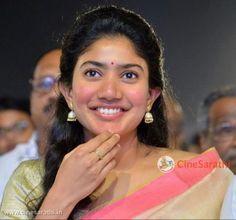 Sai Pallavi is Full Name Sai Pallavi Senthamarai and Nickname Pallavi. All Movies, Movies To Watch, Popular Actresses, Marital Status, Black Families, Hd Picture, Telugu Cinema, Movie List, Height And Weight