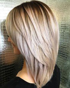 Layered Haircuts For Medium Hair, Medium Length Hair Cuts With Layers, Haircuts For Fine Hair, Haircut For Thick Hair, Medium Hair Cuts, Medium Hair Styles, Straight Hairstyles, Long Hair Styles, V Cut Layers