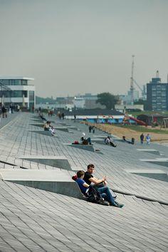 Willy-Brandt-Platz und Weserdeich - Havenwelten Bremerhaven