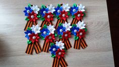 Канзаши - твоё новое увлечение. — Фото | OK.RU Hanukkah, Maya, Diy And Crafts, Wreaths, Knitting, Irene, Decor, Hair, Decoration