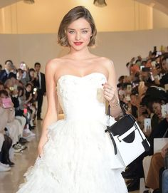 miranda kerr hairstyles best outfits - Celebrity Style and Fashion Trends Miranda Kerr Haircut, Miranda Kerr Short Hair, Miranda Kerr Style, Fringe Hairstyles, Bob Hairstyles, Bob Haircut For Round Face, Celebrity Hairstyles, Cut And Style, Beauty Women