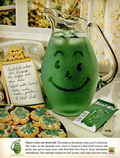 I remember these old ads for Kool-aid for St Patty's day 1961 ~ Laurie ~ 🙂 One of the first emojis 🙂 Retro Advertising, Retro Ads, Vintage Advertisements, Vintage Ads, Vintage Food, Retro Food, Vintage Stuff, Vintage Signs, Vintage Photos