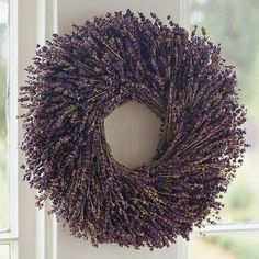One of my favorite scents and what a beautiful way to welcome spring and summer- a lavender wreath!  I'll take 6!