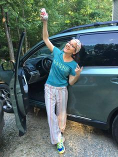 Love Shaking to Launch a Trip. Use Your Love Shaker to Set a Magical Mood before you head out on Your Summer Vacation. Lindsay Graham is shown Filling Her Happy Heart with a lotta Love! Get yours today........  loveshaker.com