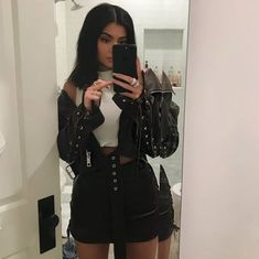 Kylie Jenner Outfits – Page 6985111015 – Lady Dress Designs Kendall Jenner Outfits, Moda Kylie Jenner, Kylie Jenner Fotos, Trajes Kylie Jenner, Looks Kylie Jenner, Kylie Jenner Style, Kylie Jenner Instagram, Kylie Jenner Clothes, Kylie Jenner Grunge