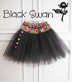 Pretty black and floral tutu skirt Baby Girl Skirts, Little Girl Dresses, Baby Dress, Girls Dresses, Baby Couture, Couture Sewing, Toddler Outfits, Kids Outfits, Moda Chic