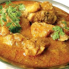 Chicken Curry with Coconut milk is an easy Indian chicken curry recipe that is prepared with coconut milk and spices. Coconut Chicken curry recipe goes well with biryani and rotis. Chicken Masala Curry, Tandoori Masala, Coconut Curry Chicken, Garam Masala, Curry Soup, Potato Curry, Shrimp Curry, Lamb Curry, Fish Curry