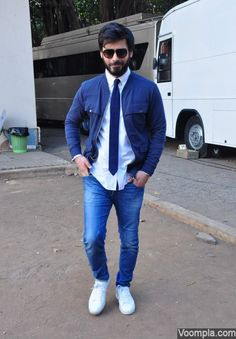 Casual look with tie fashion trend Fawad Khan jeans jacket