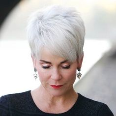 Gray Wigs Hair Rinse To Cover Grey HairAsh Grey Purple Hair – Aduatify Purple Grey Hair, Grey Wig, Short Grey Hair, White Hair, Short Hair Cuts, Gray Hair, Short Styles, Wig Styles, Pixie Hairstyles
