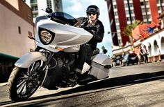 2015 Victory Motorcycles Victory Cross Country™
