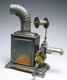Excellent Antique 19c. Kerosene Powered Toy Magic Slide Lantern Film Projector #vintagetoys