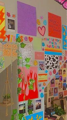 Indie Bedroom, Indie Room Decor, Cute Bedroom Decor, Aesthetic Room Decor, Room Ideas Bedroom, Aesthetic Indie, Bedroom Inspo, Chambre Indie, Indie Drawings