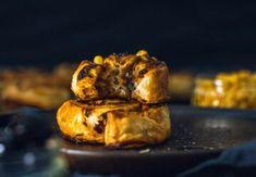 Vegán receptek - reggelik, ebédek, vacsorák, desszertek | Prove.hu Falafel, Granola, Pesto, Pork, Vegan, Chicken, Kale Stir Fry, Falafels, Vegans
