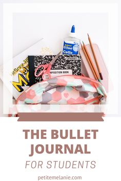 Bullet Journaling for students, Part 1, 2 and 3. Tips to help students to be more organized during the school year. The complete guide to help students be more organized with a Bullet Journal during the school year. Class schedule, weekly schedule, homework, group projects, budget, finances, meal prep. Weekly Schedule, Class Schedule, Group Projects, Book Names, Bullet Journal School, High School Students, Getting Organized, Homework, Meal Prep