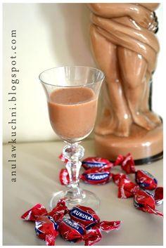 Likier z kukułek. Cocktails, Alcoholic Drinks, Polish Recipes, Irish Cream, Smoothie Drinks, Keto Diet For Beginners, Yummy Drinks, I Foods, Baking Soda