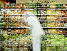 Seja qual for o médico ou nutricionista consultado, 100% deles recomendam o consumo de verduras, legumes e frutas como forma de garantir uma boa saúde. Mas essa unanimidade se esfacela na hora de dizer se os alimentos orgânicos são mais saudáveis que os demais. E a polêmica parece que ainda está muito longe de ser resolvida em definitivo. Clique na imagem para ler a matéria.